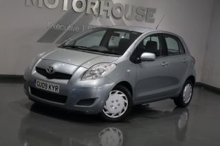 Used TOYOTA YARIS in Bridgend Mid Glamorgan for sale